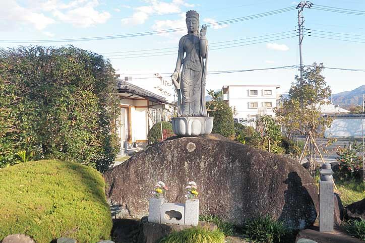 玉寶山 直心院<br />(ぎょくほうざん じきしんいん)
