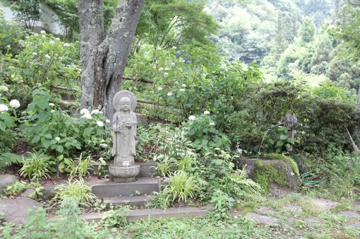 天童山 景徳院<br />(てんどうさん けいとくいん)