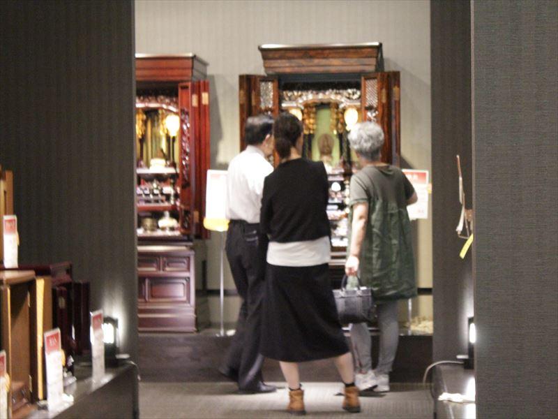 仏壇展示場